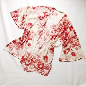 vestique Tops - 3 FOR $15 4SI3NNA Cream/Red Kimono Robe Small